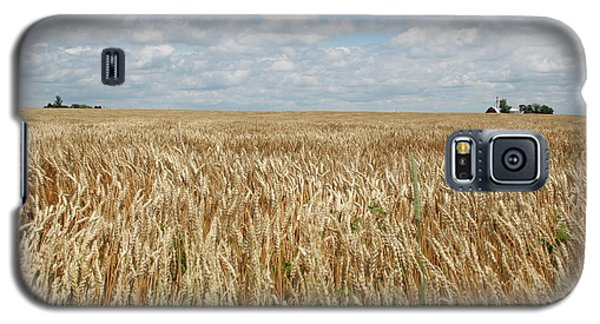 Galaxy S5 Case featuring the photograph Wheat Farms by Dylan Punke