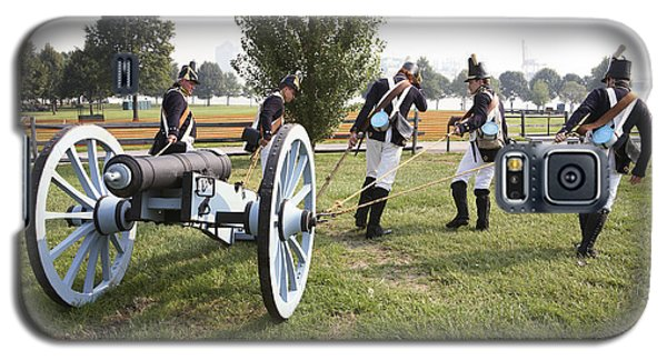 Wheeling The Cannon At Fort Mchenry In Baltimore Maryland Galaxy S5 Case