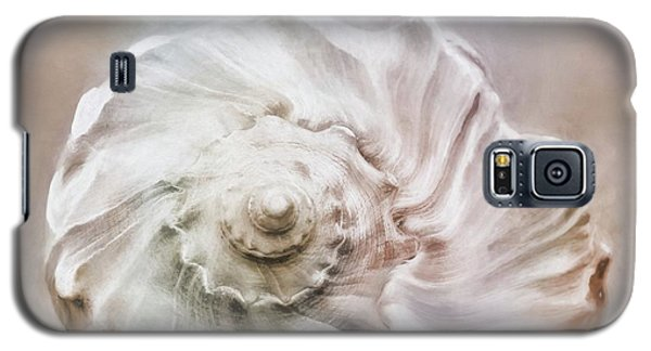 Galaxy S5 Case featuring the photograph Whelk Shell by Benanne Stiens