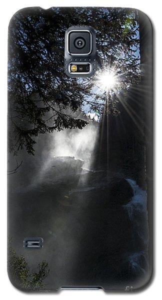When Sunlight And Water Spray Meet 05 Galaxy S5 Case