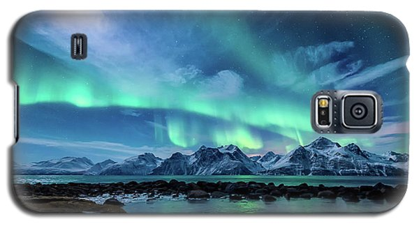Mountain Galaxy S5 Case - When The Moon Shines by Tor-Ivar Naess