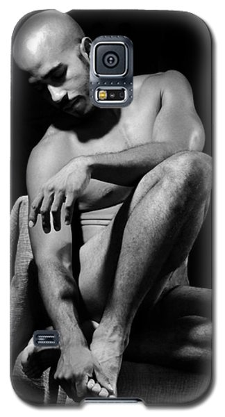 Galaxy S5 Case featuring the photograph Where Does It Hurt by Robert D McBain