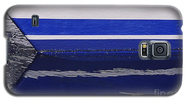 White And Blue Boat Symmetry Galaxy S5 Case