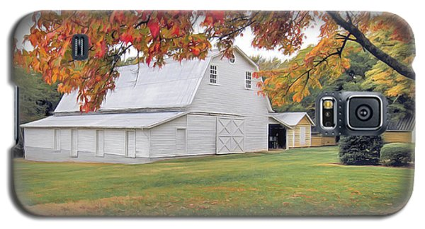 White Barn In Autumn Galaxy S5 Case by Marion Johnson
