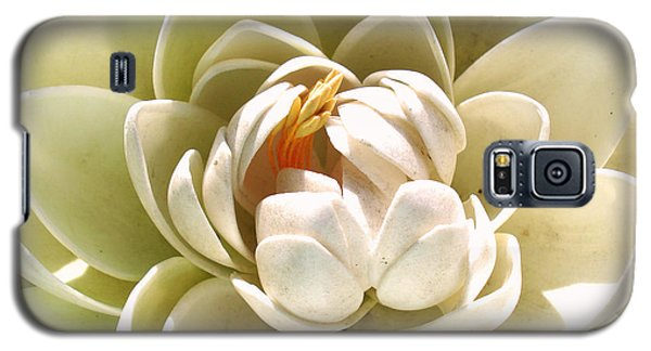 White Blooming Lotus Galaxy S5 Case