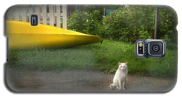 White Cat, Yellow Canoe Galaxy S5 Case