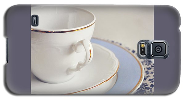 Galaxy S5 Case featuring the photograph White China Cup, Saucer And Plates by Lyn Randle