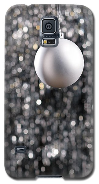 Galaxy S5 Case featuring the photograph White Christmas Bauble  by Ulrich Schade