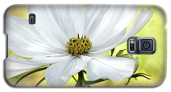 White Cosmos Floral Galaxy S5 Case