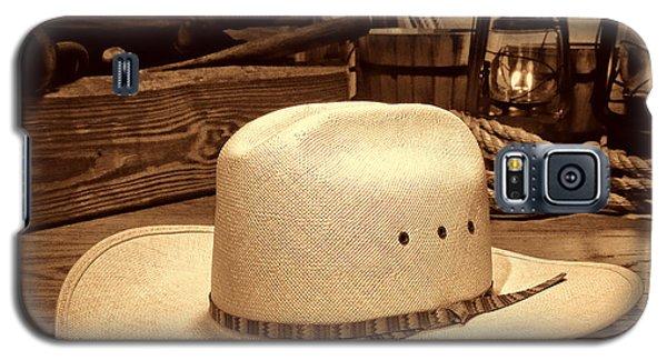 White Cowboy Hat In A Barn Galaxy S5 Case