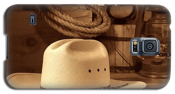 White Cowboy Hat On Workbench Galaxy S5 Case
