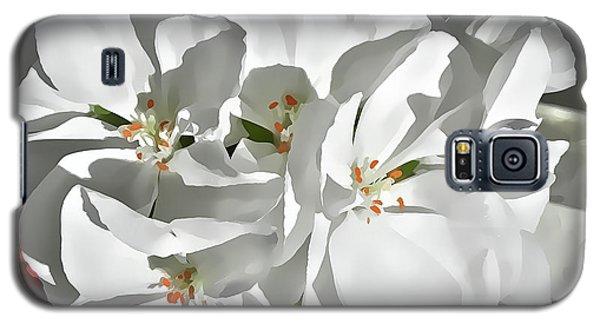 White Geraniums Galaxy S5 Case