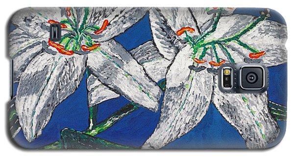 White Lilies Galaxy S5 Case by Valerie Ornstein