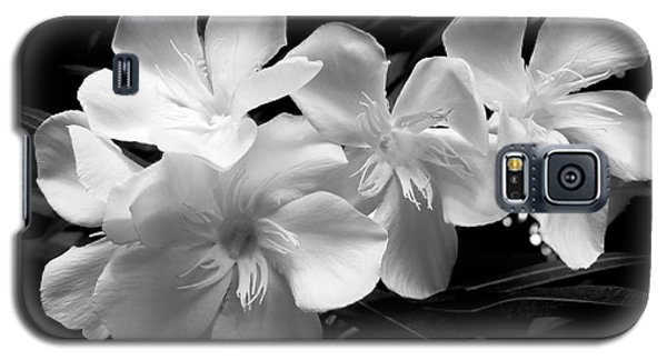 White Oleander Galaxy S5 Case by Amar Sheow