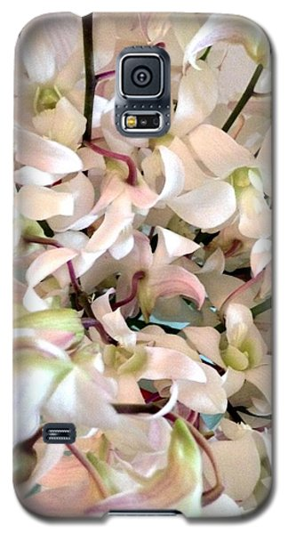 White Orchid Cluster Galaxy S5 Case