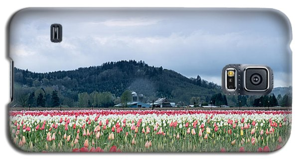 White Pass Highway With Tulips Galaxy S5 Case