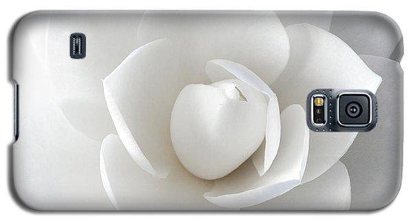 White Petals Galaxy S5 Case