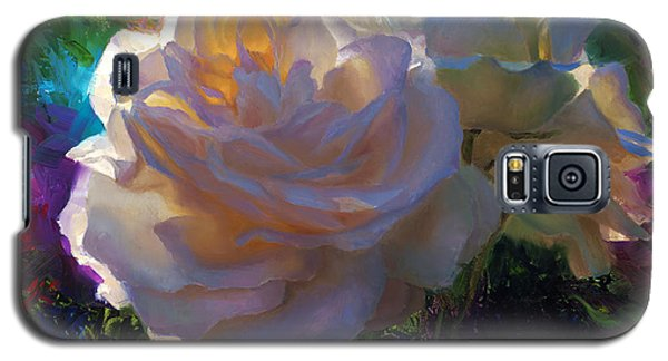 White Roses In The Garden - Backlit Flowers - Summer Rose Galaxy S5 Case