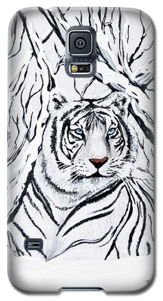 Galaxy S5 Case featuring the painting White Tiger Blending In by Teresa Wing