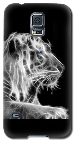 Galaxy S5 Case featuring the photograph White Tiger by Shane Bechler