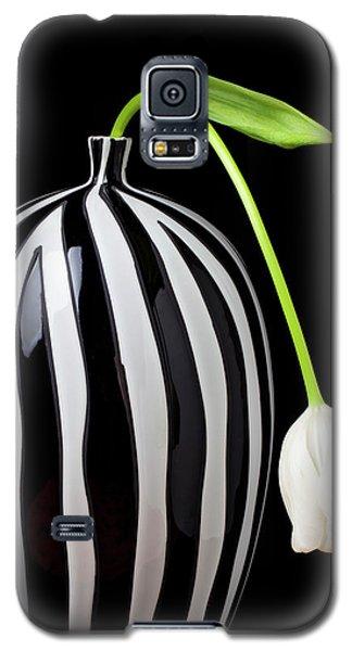 White Tulip In Striped Vase Galaxy S5 Case by Garry Gay