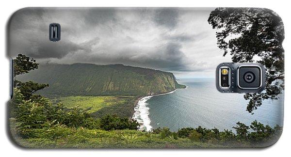 Galaxy S5 Case featuring the photograph Wiapio Valley by Allen Biedrzycki