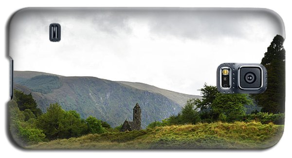 Galaxy S5 Case featuring the photograph Wicklow Mountains by Terence Davis