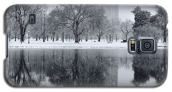 Snowy Reflections Of Trees In Lake At City Park, Denver Co  Galaxy S5 Case