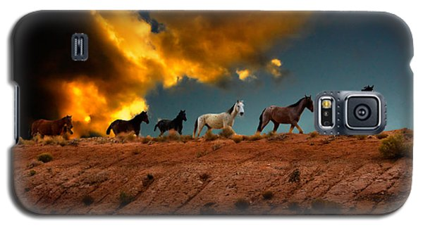 Wild Horses At Sunset Galaxy S5 Case by Harry Spitz