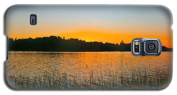 Wilderness Point Sunset Panorama Galaxy S5 Case by Gary Eason