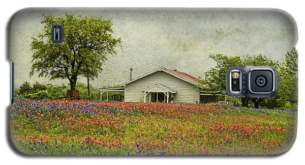 Galaxy S5 Case featuring the photograph Wildflowers Texas by Elena Nosyreva