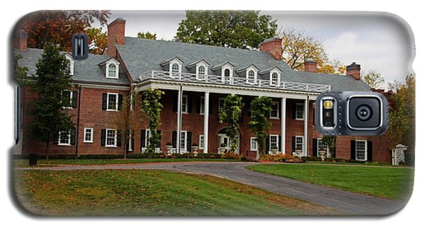 Wildwood Manor House In The Fall Galaxy S5 Case by Michiale Schneider