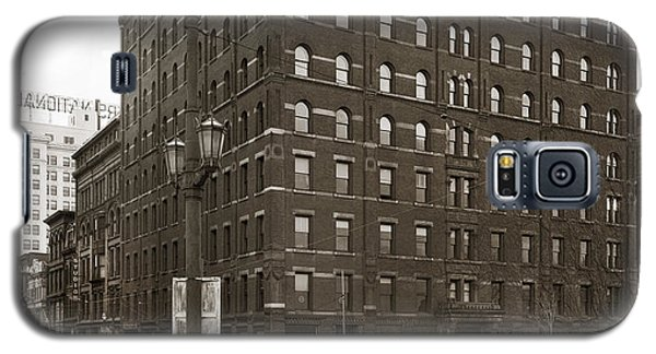 Wilkes Barre Pa Hollenback Coal Exchange Building Corner Of Market And River Sts April 1937 Galaxy S5 Case