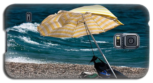 Galaxy S5 Case featuring the photograph Wind  by Bruno Spagnolo