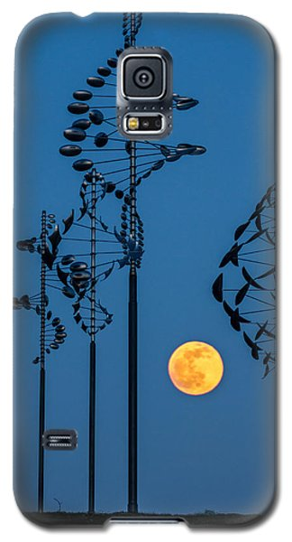 Wind Sculptures At Wilkeson Pointe Galaxy S5 Case
