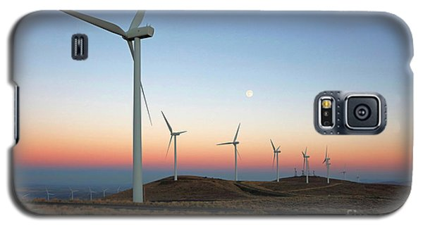 Wind Turbines At Moonrise Galaxy S5 Case