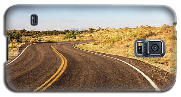 Winding Desert Road At Sunset Galaxy S5 Case
