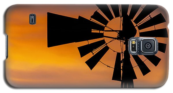 Windmill And Clouds Galaxy S5 Case