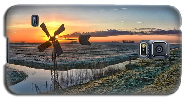 Windmill At Sunrise Galaxy S5 Case by Frans Blok