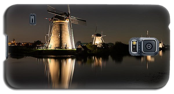 Windmills Illuminated At Night Galaxy S5 Case