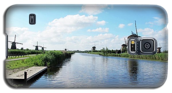 Windmills In Kinderdijk Holland Galaxy S5 Case by Loretta Luglio
