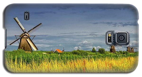Windmills In Kinderdijk, Holland, Netherlands Galaxy S5 Case