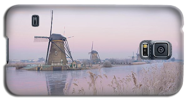 Windmills In The Netherlands In The Soft Sunrise Light In Winter Galaxy S5 Case