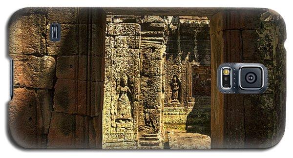 Window Into Angkor Wat Galaxy S5 Case