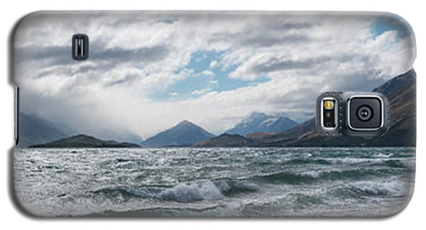 Galaxy S5 Case featuring the photograph Windy Day On Lake Wakatipu by Gary Eason