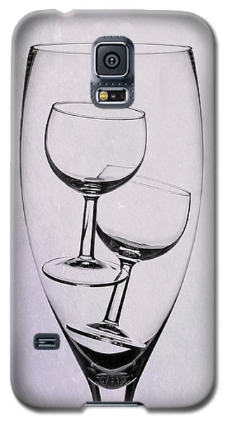 Galaxy S5 Case featuring the photograph Wineglass Trio by Tom Mc Nemar