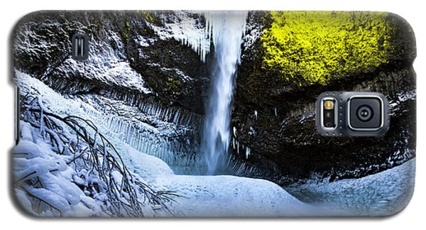 Winter At Latourell Falls Galaxy S5 Case