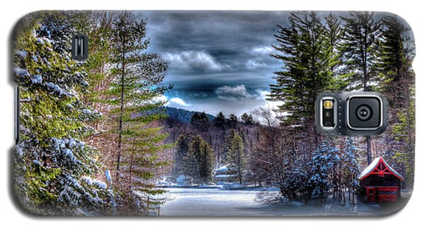Galaxy S5 Case featuring the photograph Winter At The Boathouse by David Patterson