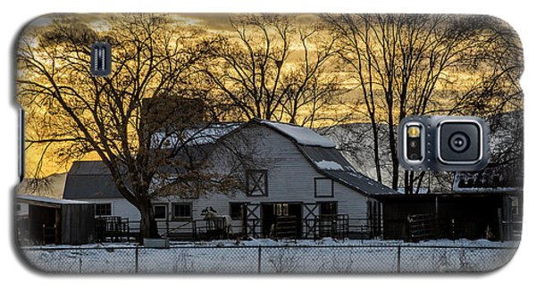 Winter Barn At Sunset - Provo - Utah Galaxy S5 Case by Gary Whitton