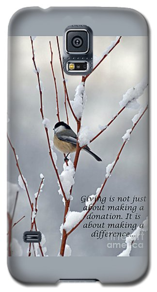 Winter Chickadee Giving Galaxy S5 Case by Diane E Berry